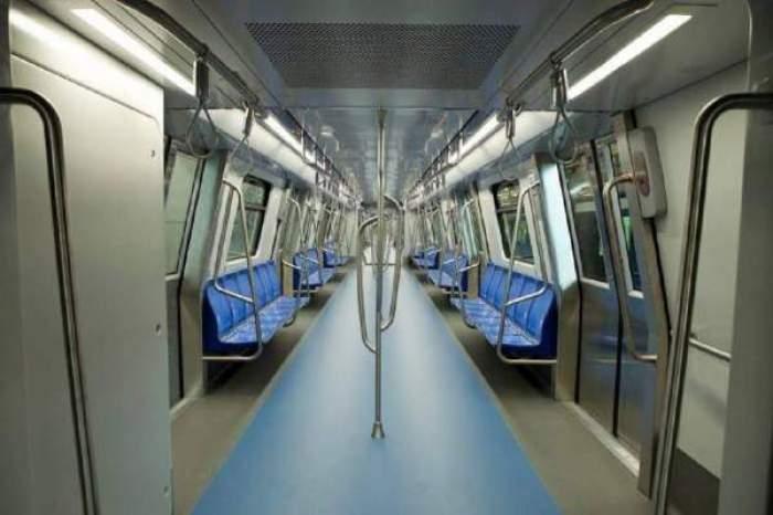 Vagonul unui metrou în interior