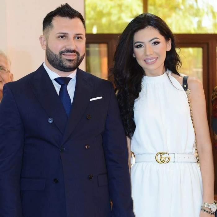 Danezu și Sorina Ceugea, zâmbitori, îmbrăcați în alb și negru
