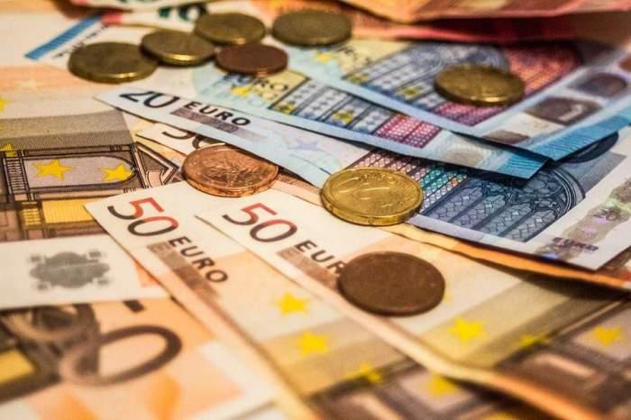 Bulgaria a hotărât trecerea la moneda euro începând cu anul 2024, fără o perioadă de tranziţie. În ce stadiu se află România
