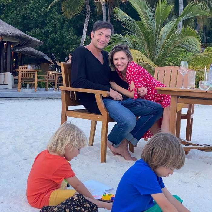 adela popescu si radu valcan in vacanta cu copiii lor