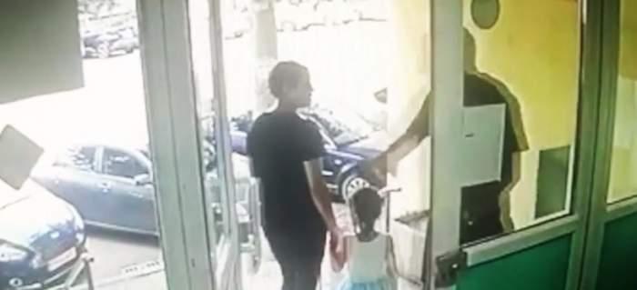 Femeie snopită în bătaie în fața copilului ei, de un vecin. Bărbatul, deranjat că fetița făcea prea multă gălăgie / FOTO