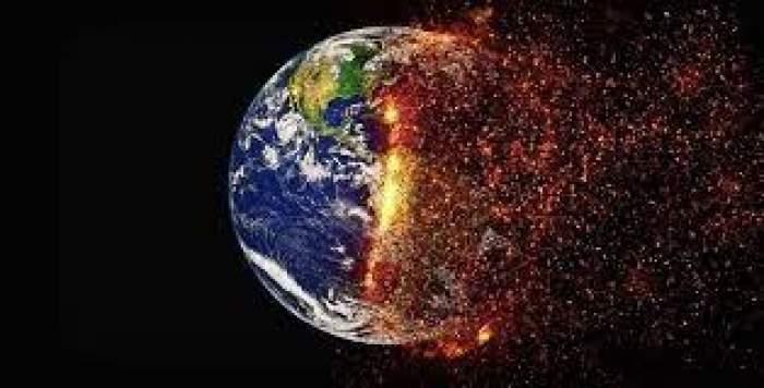 Un glob pământesc pe jumătate ars