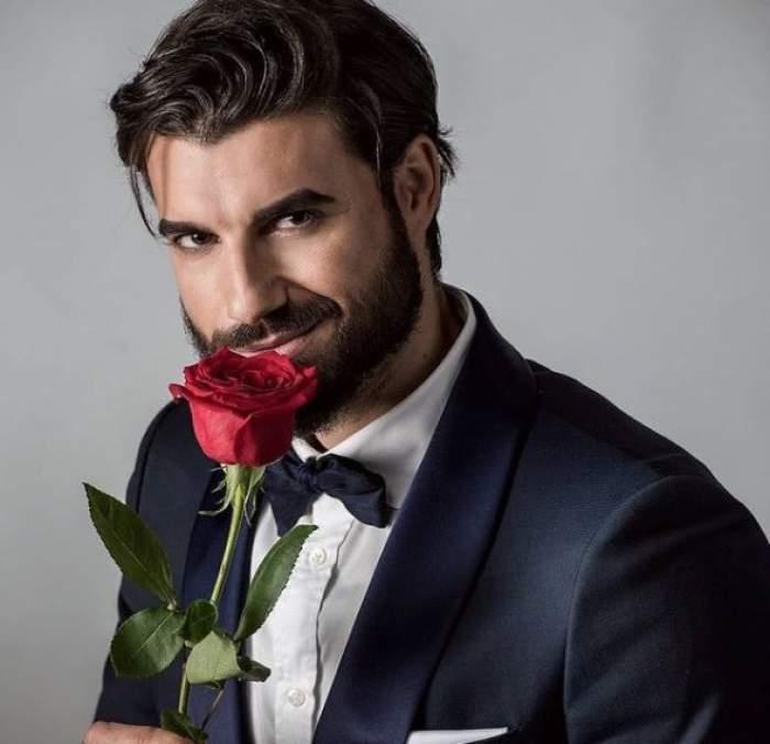 andi constantin cu trandafir