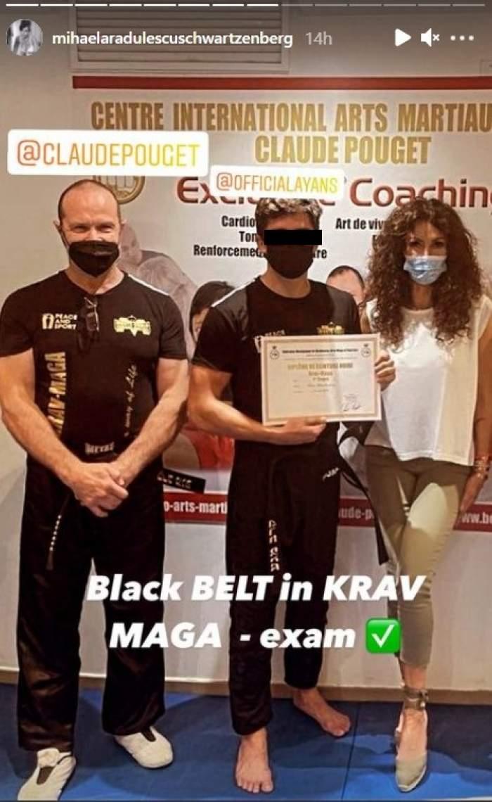 Fiul Mihaelei Rădulescu a obținut centura neagră în Krav Maga, un sistem de luptă complex. Ayan și-a făcut mândră mama