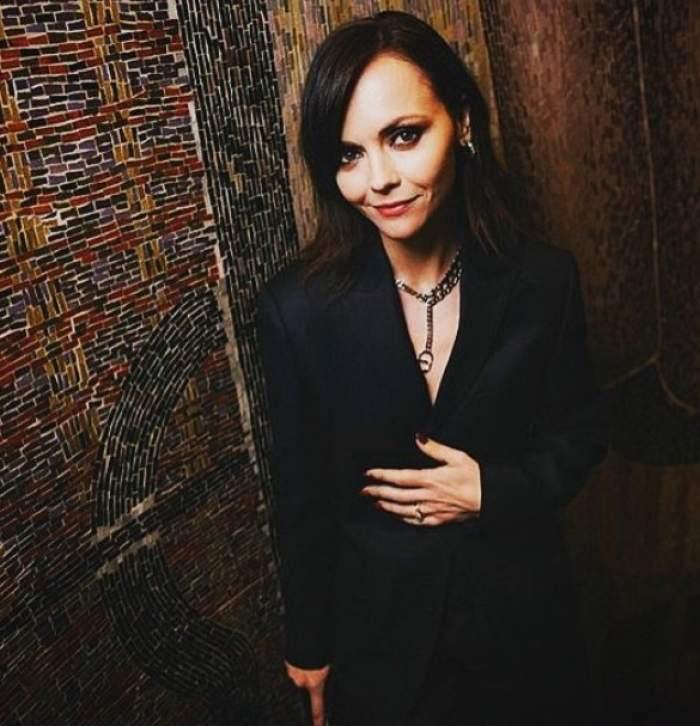 Christina Ricci, însărcinată pentru a doua oară, la 41 de ani. Actrița a anunțat că divorțează luna trecută