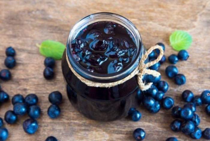 Dulceață de afine fără zahăr- rețetă pentru copii, diabetici și oricine vrea să mănânce sănătos