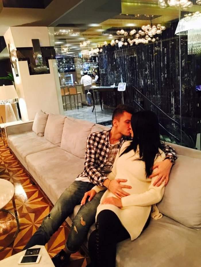 Andreea Tonciu și soțul se sărută