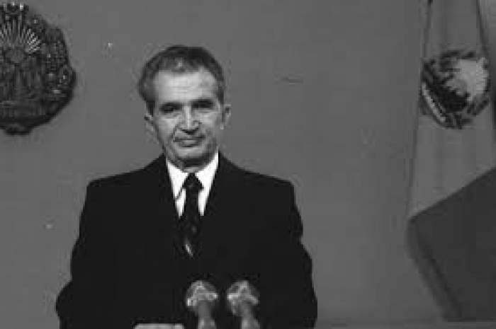 Fotografie alb-negru cu Nicolae Ceaușescu