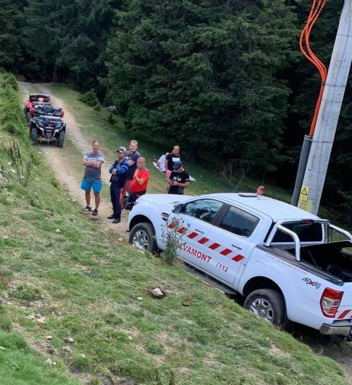Un bărbat a murit, după ce a căzut din telescaun, în Parâng. Martorii spun că ar fi consumat băuturi alcoolice înainte de a urca pe munte / FOTO
