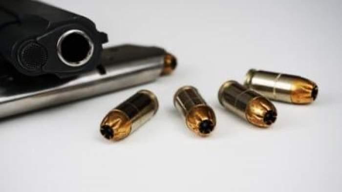 O fetiță din SUA în vârstă de 3 ani a fost împușcată mortal de un alt copil de 5 ani. Cum a avut loc tragedia