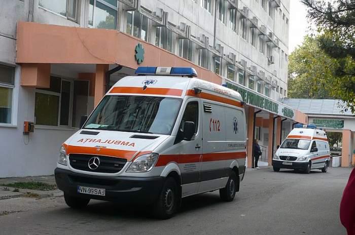 Accident mortal în Vrancea! O fetiță de doar 3 ani a decedat pe loc, după ce a fost lovită din plin de o mașină