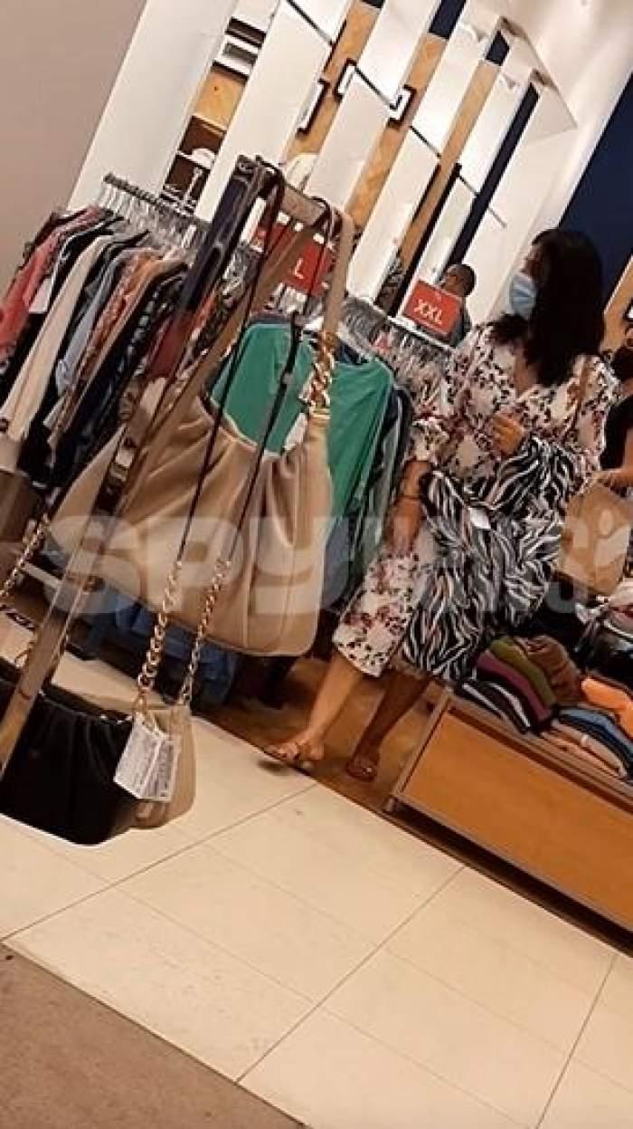Luminița Becali nu irosește banii pe haine scumpe. Din ce magazine se îmbracă soția latifindiarului din Pipera / PAPARAZZI