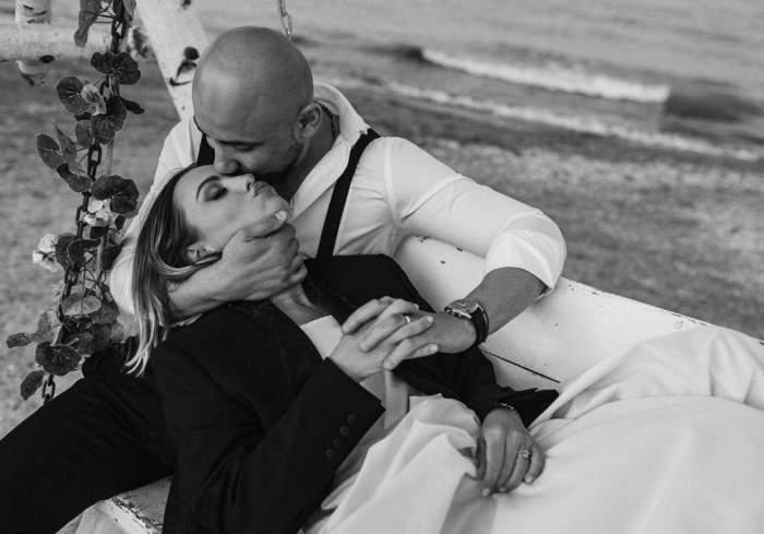 Alexandra Stan și Emanuel Necatu pe plajă