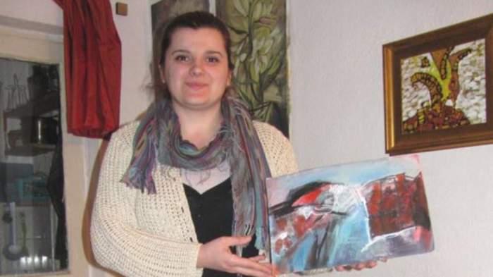 O profesoară din Focșani a apărut în ipostaze intime cu un elev. A fost propusă pentru funcția de inspector școlar