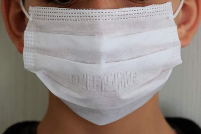 Un bărbat a fost condamnat la închisoare în Singapore pentru că nu a purtat masca de protecție