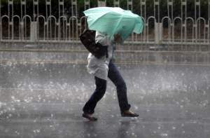 Alertă meteo! ANM anunță ploi, vijelii și grindină în mai toată țara. Până când este valabil avertismentul
