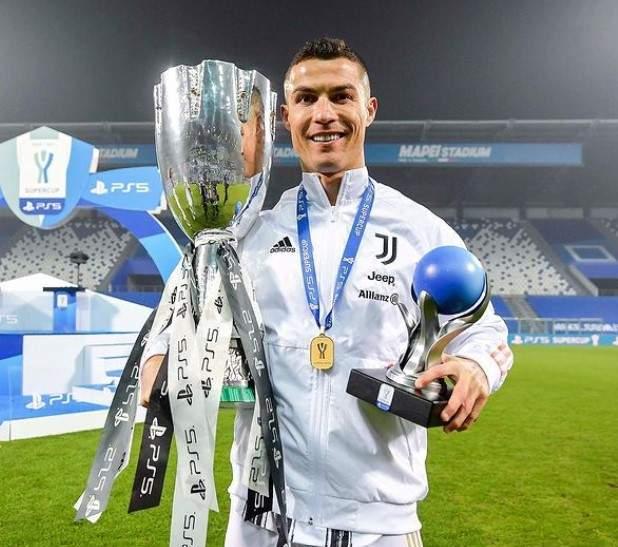 Cristiano Ronaldo, pe teren după câștigarea capionatului