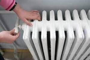 Bucureștenii riscă să treacă, din nou, prin iarnă fără căldură și apă caldă. Anunțul lui Nicușor Dan