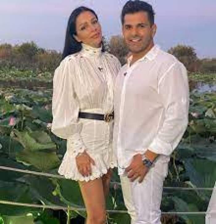 Brigitte și Florin Pastramă, îmbrăcați în alb