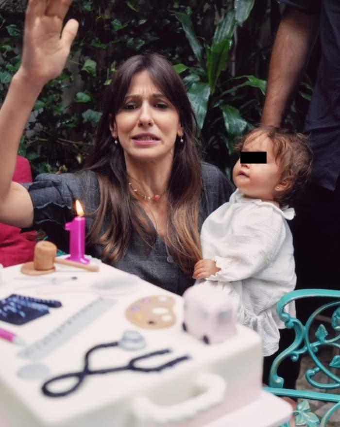 Imagini de la Ruperea Turtei fetiței Danei Rogoz. Micuța Lia a împinit recent vârsta de un an