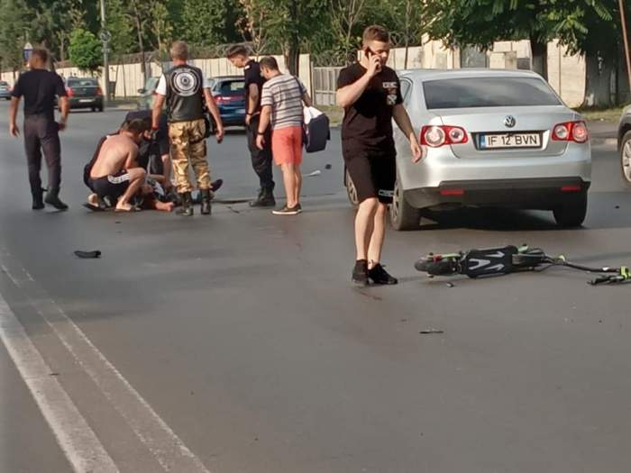 Tânăr pe trotinetă, mort după o șicanare cu un motociclist, în trafic. Scenele șocante au avut loc în București