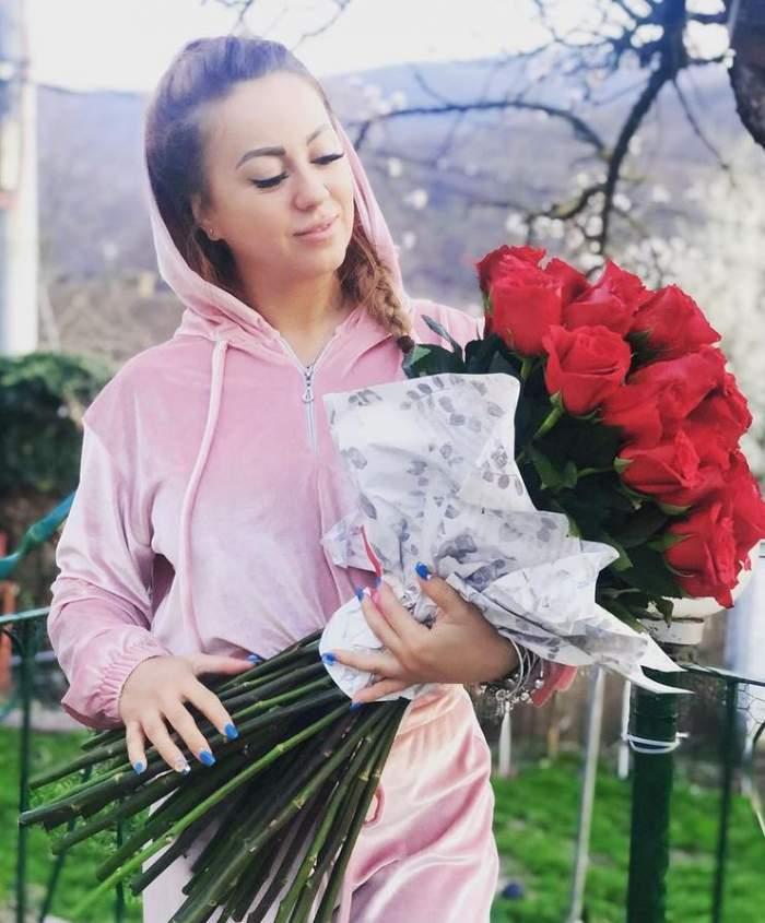 """Larisa Drăgulescu nu își cunoaște soacra. Mama soțului său nu este de acord cu relația celor doi: """"Nu ne-a dat binecuvântarea"""""""