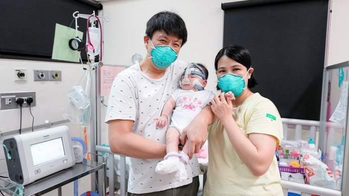 bebelusul prematur alături de părinți
