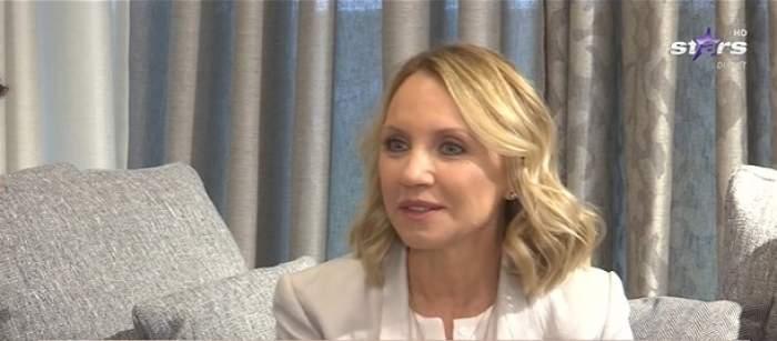 Camelia Șucu, în timpul unui interviu la Antena Stars