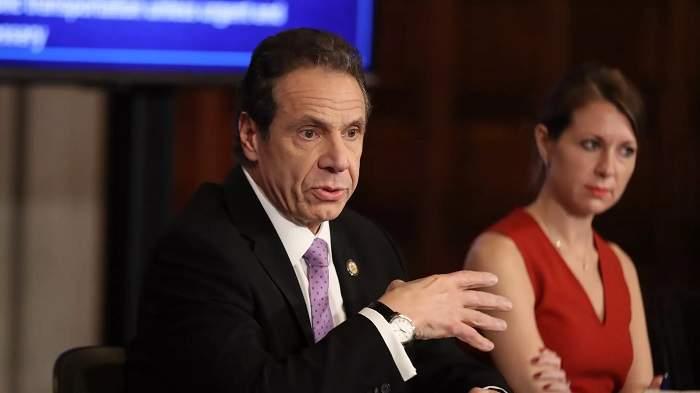 Secretara personală a lui Andrew Cuomo și-a dat demisia. Femeia îl apără pe guvernatorul New York-ului în scandalul agresiunilor sexuale