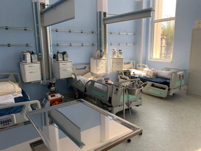 Asistentul medical suspectat că l-a lovit mortal pe pacientul centrului de recuperare de la Călineşti a fost reținut