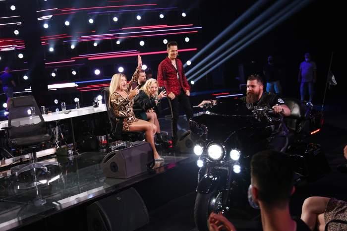 Trupa Cargo și Bikers for Humanity, moment emoționant în deschiderea celei de-a doua ediții de la X Factor