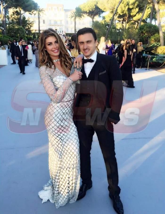 Angela Martini și Dragoș Săvulescu, împreună, zâmbitori și îmbrățișați