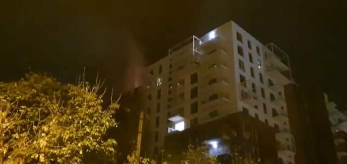 Alertă maximă în Capitală, după ce un bloc din Sectorul 1 a luat foc. Pompierii intervin de urgență