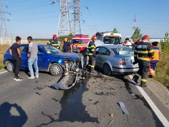 Accident cumplit în Dâmbovița! Cinci persoane sunt grav rănite, după impactul dintre două mașini / FOTO