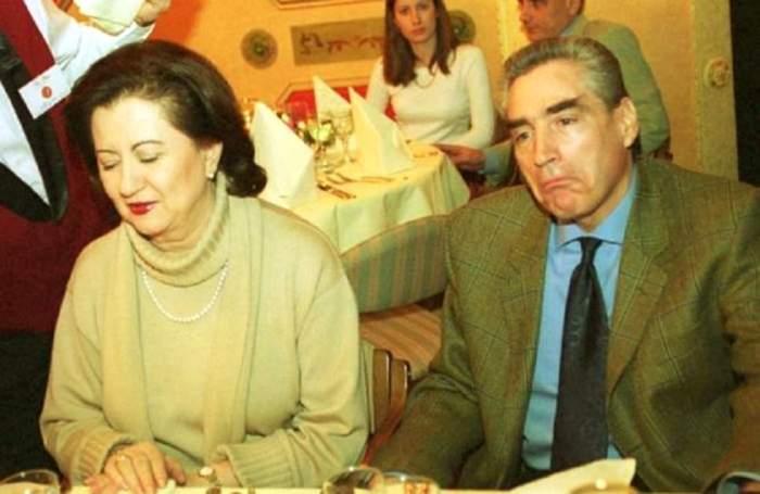 """Mioara Roman, adevărul despre viața cu fostul politician. Cum a tratat-o Petre Roman pe mama fiicei sale: """"Nu știu cât de îndrăgostit a fost"""""""