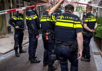 Un bărbat din Olanda a ucis două persoane și a rănit o a treia, după ce a tras cu o arbaletă de pe balconul locuinței sale