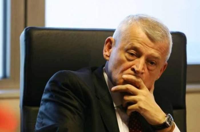 Sorin Oprescu, în timpul unei conferințe