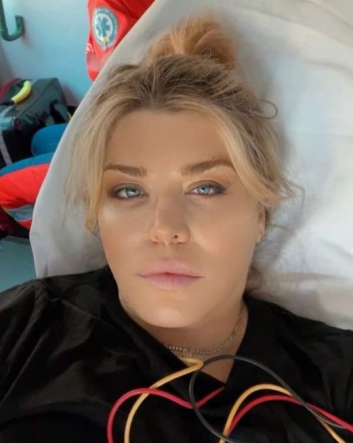 Loredana Groza a fost luată cu ambulanța. Imaginea postată de jurata X Factor chiar din salvare / FOTO