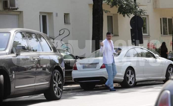 Lecție de șmecherie cu Sorin Crețeanu! Celebrul milionar a blocat strada cu Rolls-ul ca să își învețe șoferul să parcheze / PAPARAZZI