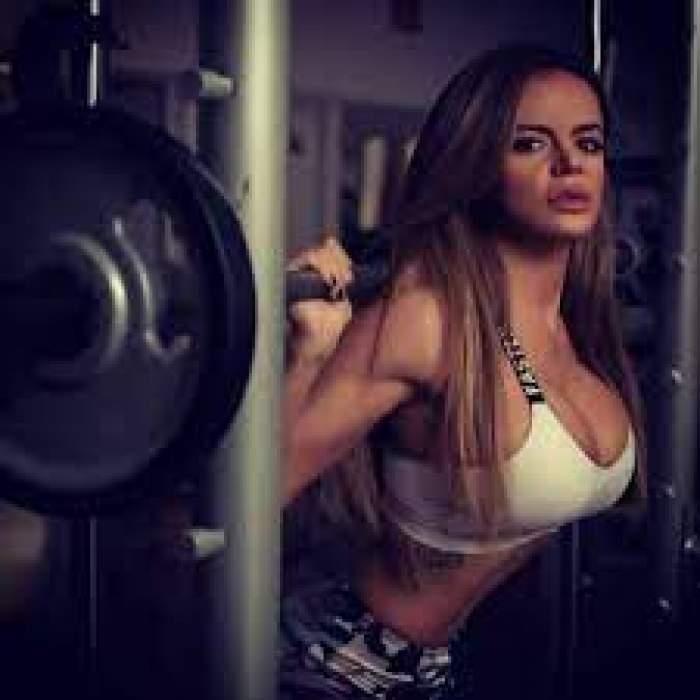 Simona Hapciuc trage de fiare