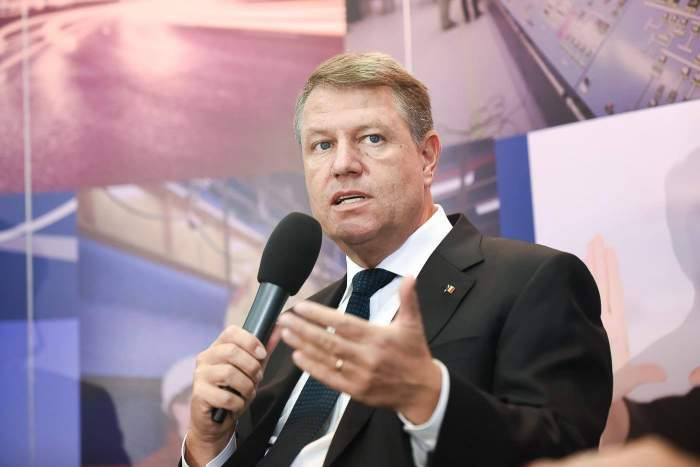 Klaus Iohannis în cadrul unei conferințe de presă