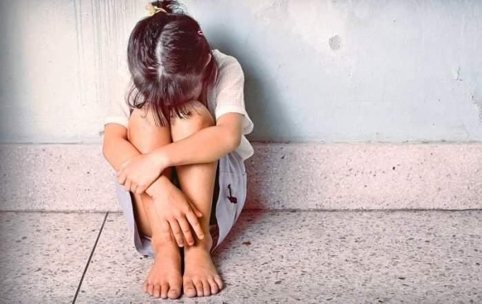 Un tată devastat de durere l-a obligat pe pedofilul care i-a abuzat fetița să-și sape singur mormântul,  înainte de a-l ucide. Cazul șocant s-a întâmplat în Rusia