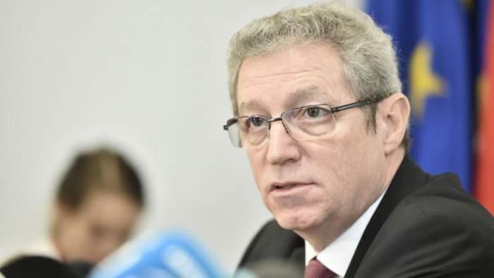 Când se termină pandemia de coronavirus în România? Previziunea sumbră a medicului Adrian Streinu Cercel