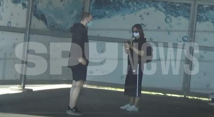 Andreea Marin și Adrian Brâncoveanu, echipă perfectă la spălătorie! Cum și-au împărțit cei doi sarcinile în cuplu / PAPARAZZI