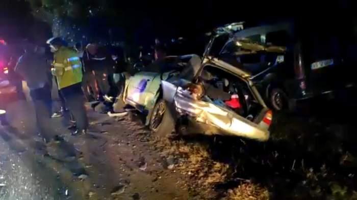 Accident rutier cu patru autoturisme implicate, în Argeș. Un adolescent de 16 ani a ajuns in stare gravă la spital / VIDEO