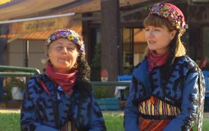 Alexandra și Anca Ungureanu îmbrăcate la fel