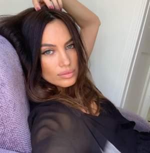 Alina Pușcău a revenit în România! Unde a fost văzută celebrul fotomodel și cu cine s-a întâlnit, la ani buni de la plecarea din țară