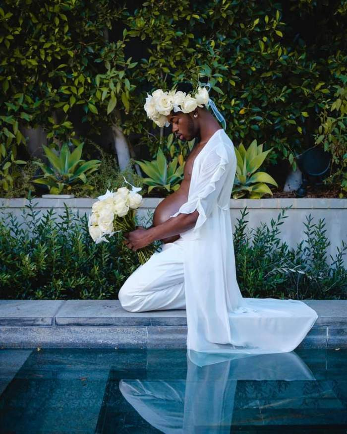 """Celebrul rapper Lil Nas X a anunțat că este """"gravid"""". Imaginile controversate au făcut înconjurul lumii / GALERIE FOTO"""