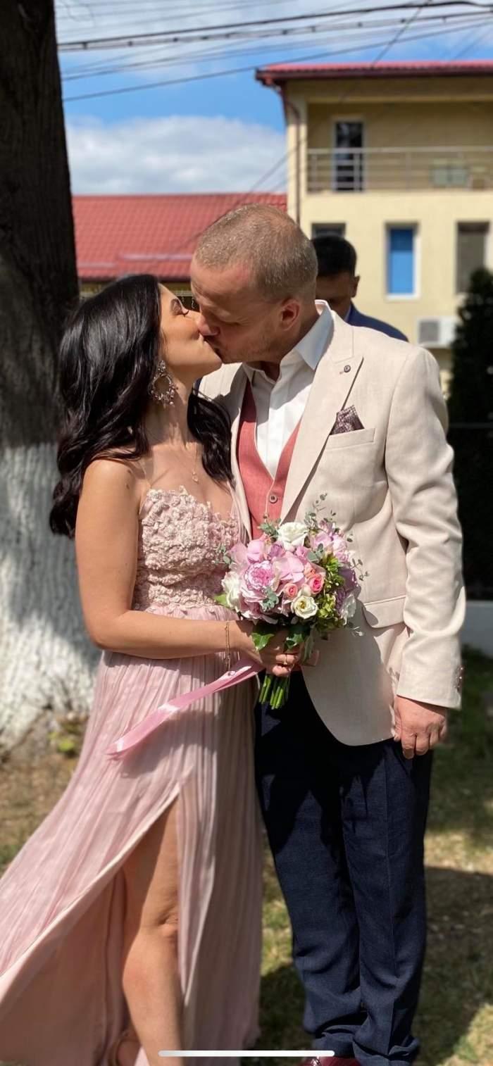 diana simion si sotul sarut