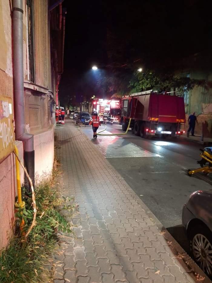 Incendiu la Spitalul de Psihiatrie din Arad! Trei pacienți, dar și trei cadre medicale au suferit răni grave / FOTO